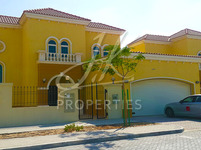 3 Bedrooms Villa in Legacy Large