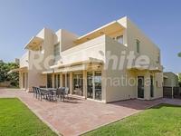 5 Bedrooms Villa in Saheel 4