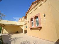 5 Bedroom Villa in Al Duhail South-photo @index