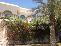 5 Bedrooms Villa in Umm Suqeim 2