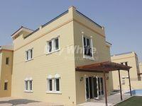 5 Bedrooms Villa in Mazaya