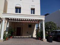 3 Bedrooms Villa in Montgomerie Maisonettes