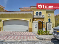 3 Bedrooms Villa in Legacy Small