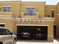 2 Bedrooms Villa in Palmera 4