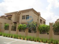 5 Bedrooms Villa in Narjis
