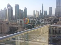 2 Bedrooms Apartment in Burj Views A