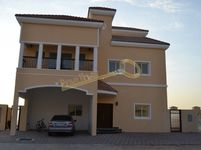 4 Bedrooms Villa in The Villa (All)