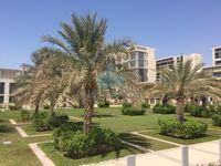 4 Bedrooms Villa in Al Zeina Beachfront Villa