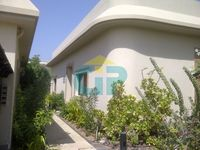 3 Bedrooms Villa in Jumeirah
