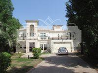 4 Bedrooms Villa in Cluster 6-10
