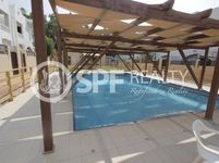 4 Bedrooms Villa in Umm Suqeim 1