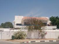 4 Bedrooms Villa in Al Safa 1