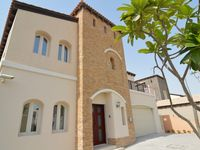 5 Bedrooms Villa in Sienna Lakes