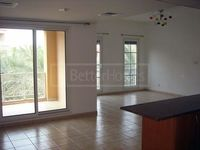 1 Bedroom Apartment in Lake Apartments