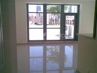 1 Bedroom Apartment in Claren 1