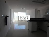 2 Bedrooms Apartment in Marina Bay-Najmat