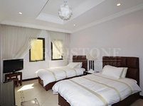 2 Bedrooms Apartment in Shoreline Apartments (All)