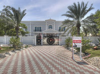 6 Bedrooms Villa in Al Manara