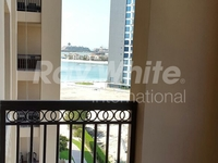 2 Bedrooms Apartment in Fairmont Residence North