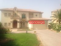 4 Bedrooms Villa in Entertainment Foyer