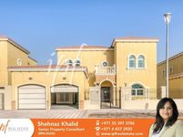 4 Bedrooms Villa in Legacy