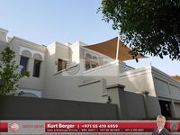 7 Bedrooms Villa in Acacia