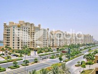 2 Bedrooms Apartment in Al Tamr