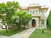 4 Bedrooms Villa in Garden Hall- European