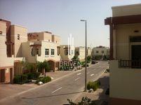 2 Bedrooms Apartment in Jebel Ali