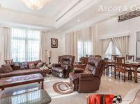 4 Bedrooms Villa in Cluster 1-5