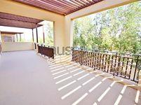 4 Bedrooms Villa in Granada