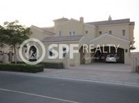 7 Bedrooms Villa in Polo Homes
