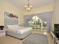 Studio Apartment in Burj Al Nujoom