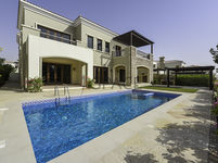 5 Bedrooms Villa in Lime Tree Valley