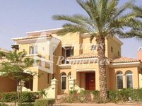 4 Bedrooms Villa in Mistral
