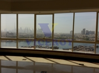 4 Bedrooms Apartment in Al Ras